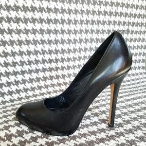 NWOT Dolce Vita Black Stilettos